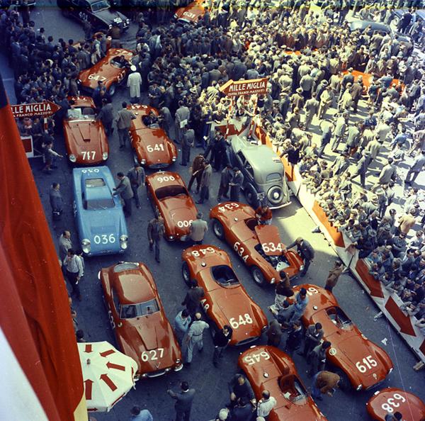 Piazza Vittoria, Maserati, Mille Miglia, Ferrari
