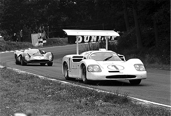 Ferrari, Chaparrel, Brands Hatch, BOAC 500, Phil Hill, Mike Spence