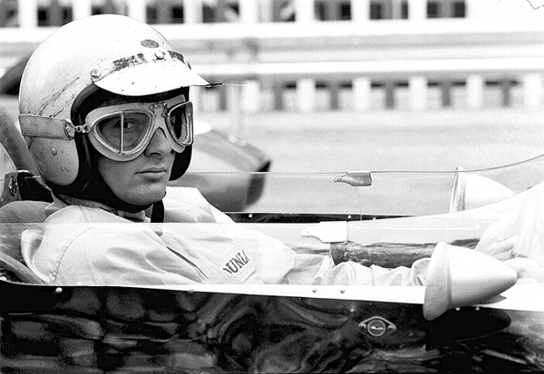 62D4G-33A 1962 Monaco Grand Prix Cooper; B. McLaren (winner)