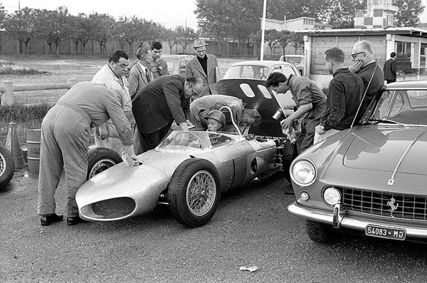 Ferrari, Modena, Enzo Ferrari, Richie Ginther