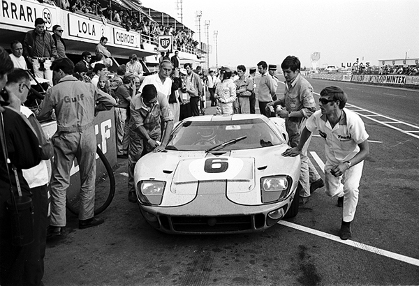 Le Mans, Ford GT40, Jacky Ickx, Jackie Oliver