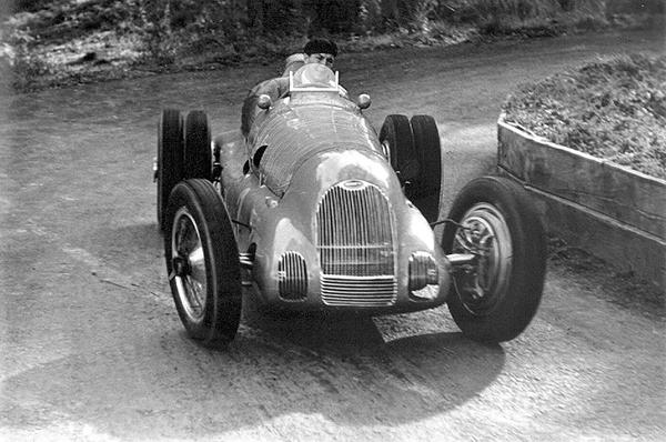 Bugatti, Prescott Hill-climb, Jean-Pierre Wimille