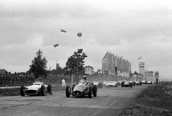 Ferrari, Nurburgring, klemcoll