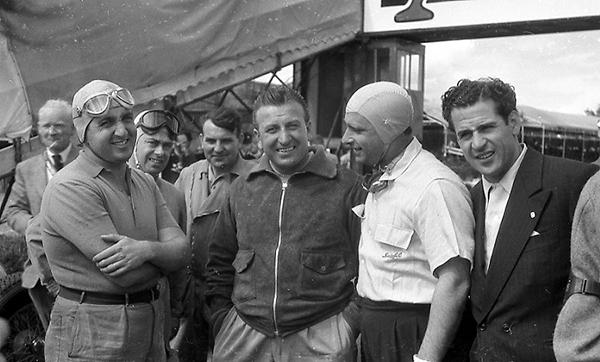 Ascari, Fangio, Klemcoll, Silverstone Alfa Romeo