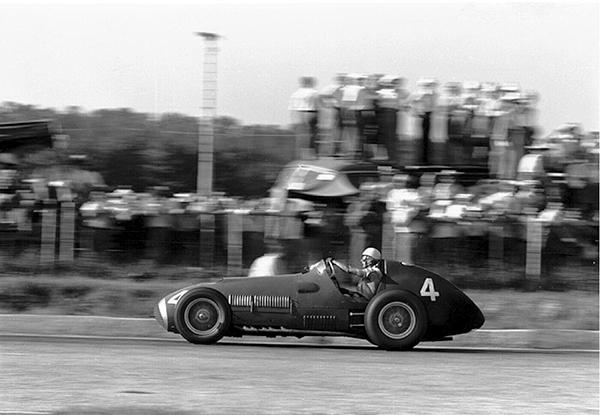 Ferrari, Villoresi, Monza klemcoll