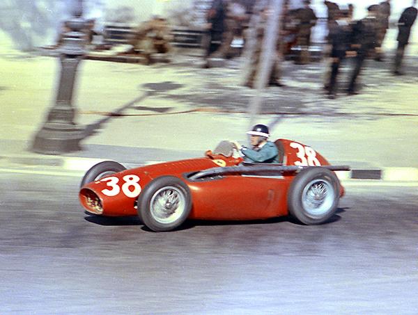 Mike Hawthorn, Ferrari, klemcoll