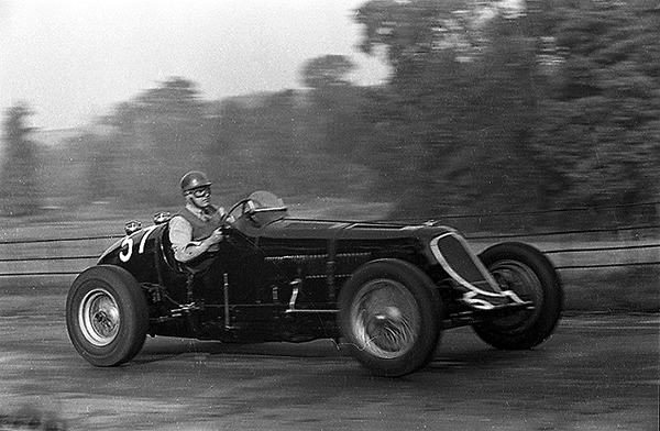 Maserati klemcoll, Luton Hoo, 8CM