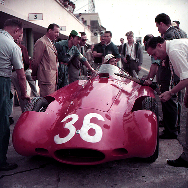Maserati, Monza, Behra, klemcoll