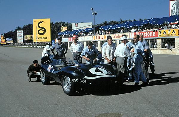 Jaguar, Monza, klemcoll