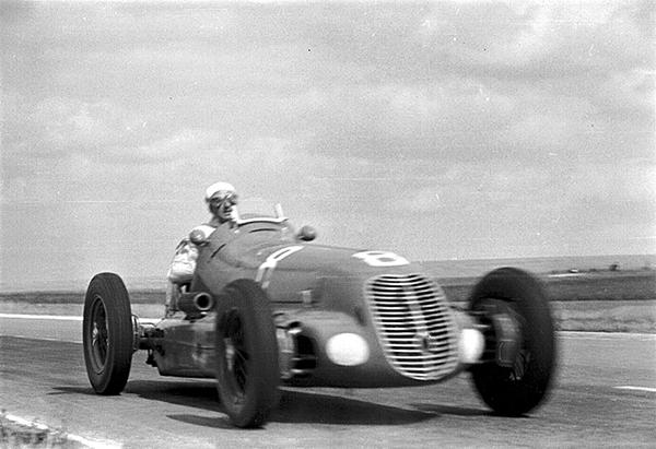 Maserati, Luigi Villoresi, Reims, klemcoll